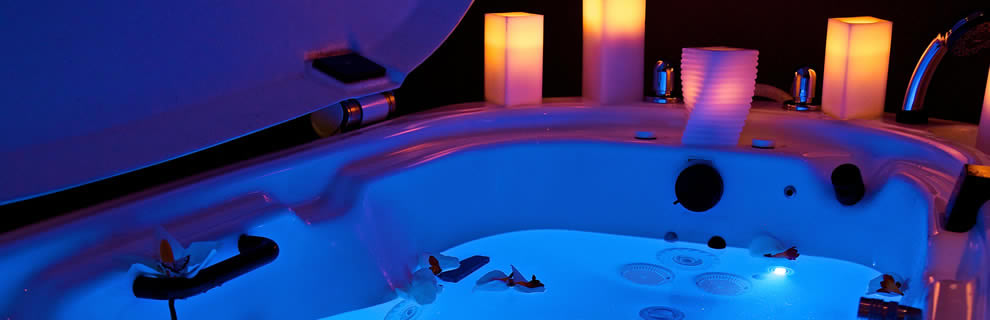 Absolute spa in the century plaza hotel century plaza hotel spa for Swimming pool supplies vancouver